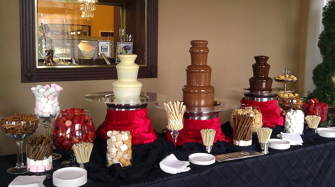 http://raleighchocolatefountains.com/wp-content/uploads/2017/02/000585_caf14fb21c9114683dacc32d27e8fbf9.png
